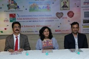 (From left) RM Chitnis, dean faculty of management MIT World Peace University; Manjiri Prabhu, PILF director, and Bharat Agarwal, managing director of Vishwakarma Publications.