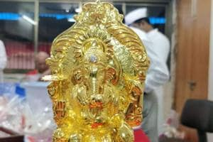 The gold Ganesh idol was left by an unknown devotee at Mumbai's Lalbaugcha Raja mandal.