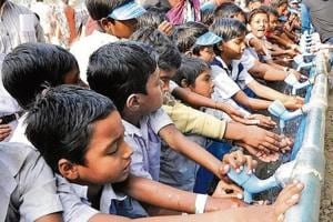 Washing hands can lower diarrhoeal mortality, which accounts for up to 8 % of under-five deaths in India.