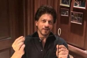 This is how Shah Rukh Khan won the Sui Dhaaga challenge!