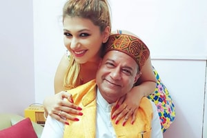 Bigg Boss 12: Jasleen Matharu had revealed that she had been dating Anup Jalota for more than three years.