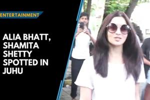 Celebspotting: Alia Bhatt chills in Juhu, Anushka Sharma wins Smita Patil...