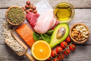 A Mediterranean diet was shown to reduce the onset of stroke by 17% in all adults, but women saw greater reduction of 22%, whereas the benefit was seen only in 6% men.