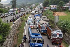 File photo of stranded vehicles seen on Srinagar-Jammu National highway. (Photo used for representational purpose only)