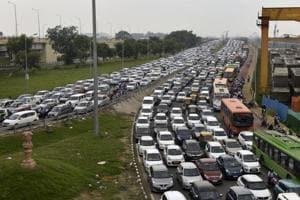Heavy traffic seen on Nizamuddin Bridge towards Sarai Kale Khan and Pragati Maidan in New Delhi.
