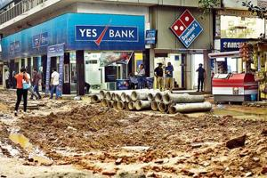 The market, constructed in 1970s, had broken walkways and choked drains. Also, there were no fire safety arrangements. It prompted the traders to approach the DDA for getting the market renovated.