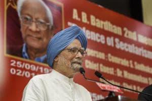 Former prime minister Manmohan Singh delivers the