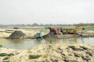 In Gautam Budh Nagar, the district level committee will no longer be able to give permissions for brick kilns and sand mining units on the floodplains of the Yamuna and Hindon.