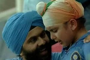 The young kid was captured sobbing after India failed to win the match.