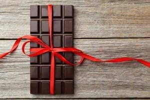 Chocolate lovers, rejoice: A new study shows that foods that are rich in cocoa, such as cocoa butter, cocoa beans, cocoa powder, and dark chocolates may improve your