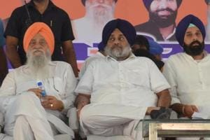 Shiromani Akali Dal president Sukhbir Singh Badal (centre) is yet to step into his father Parkash Singh Badal's mould as a trustworthy bridge between the old Akali stalwarts and the young faces of the party.