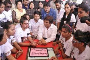 UPCongress chief Raj Babbar at the Sheroes Cafe to express solidarity with acid attack survivors in Lucknow.