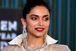 Deepika Padukone will play acid attack survivor Laxmi Agarwal in Meghna Gulzar's next film