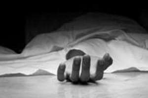 A 35-year old Nigerian national, allegedly involved in a narcotics racket, fell off a three-storeyed building and died while trying to escape during a police raid late on Thursday night. The deceased was identified as Patrick Ojana.