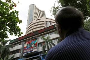 The BSESensex rose over 400 points and the Nifty surged 135 points amid expectations of robust corporate earnings for the second quarter ended September.
