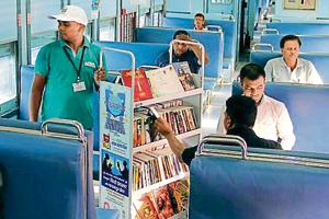 Books on wheels: Deccan Queen, Panchavati Express get library each