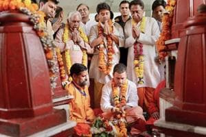 Congress president Rahul Gandhi offers prayers at Pitambara Peeth in Datia on October 15.