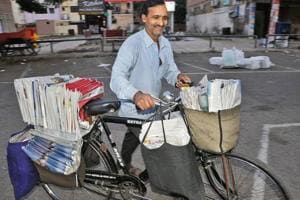 Welcome to the world of newspaper vendors, the faceless soldiers who beat all the odds and race against time to finish their job while the rest of the world is deep in slumber