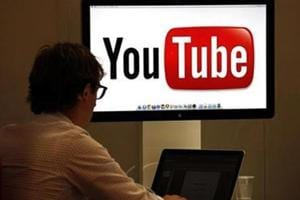 YouTube users reported issues with its services and took to Twitter to complain about broadcasting issues.