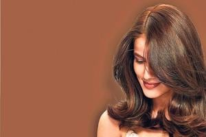 If you like to keep things simple and comfortable, go for natural or dark browns like chocolate or coffee which will add that special style and shine to your hair and look.
