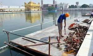 SGPC had planned to light 4 lakh earthen lamps on one side of the sarovar (holy tank) at the Golden Temple on Parkash Gurpurb on October 26.