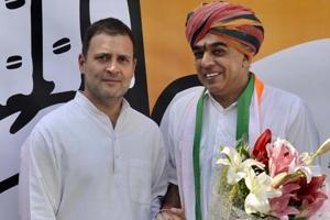 BJP Rajasthan MLA Manvendra Singh with Congress president Rahul Gandhi  after joining the Congress last week (File photo)