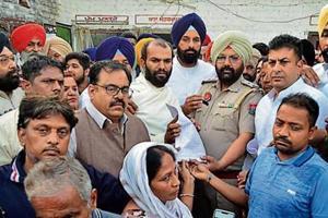 Former minister Bikram Singh Majithia led the SAD-BJP delegation to hand over the complaint to police in Amritsar.