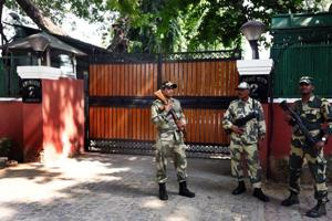 Security personnel keep vigil outside the house of CBI  chief Alok Verma, at CBI House Janpath in New Delhi on October 25.