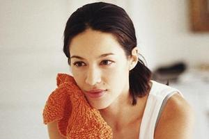 To keep your face rashes and pimple free, make sure you use a clean towel. (Instagram)