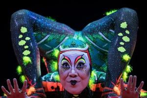 Photos of the week: Cirque du Soleil in Paris and Santa's naughty list