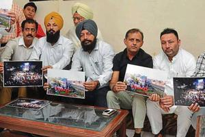 Congress councillors from Amritsar East constituency during a press conference at Circuit House on Friday.