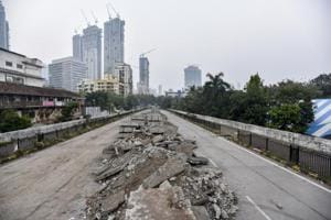 Mumbai, India - October 20, 2018: Lower Parel bridge in Mumbai, India, on Saturday, October 20, 2018. (Photo by Kunal Patil/Hindustan Times)