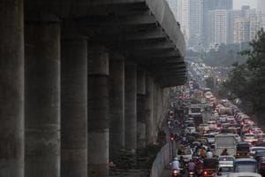 Traffic jam at Western Express Highway due to under construction work of Mumbai Metro in Mumbai