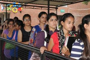HSSC Group D admit card 2018 :  The Haryana Staff Selection Commission (HSSC) issued a notification on Monday saying that admit card for Group D posts recruitment examinations on November 10 and 11 will be released on Friday, November 2.
