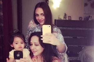 Esha Deol shared the cutest selfie with her mom Hema Malini and daughter Radhya.