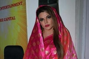 Rakhi Sawant has claimed that Tanushree Dutta spoke in derogatory fashion about her during an interview.