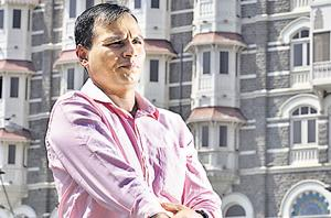 Ex-navy commando Praveen Teotia, a  26/11 attacks survivor, had to undergo five surgeries after being hit by 4 bullets at the Taj Mahal Hotel during the rescue ops.