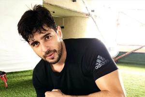 Sidharth Malhotra got the help of interior designer Gauri Khan to design his new bachelor pad.