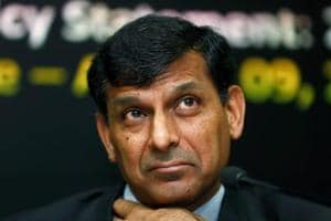 Amid mounting tension between the Reserve Bank and the finance ministry, former RBI governor Raghuram Rajan Tuesday said the central bank is like a seat belt in a car, without which accidents can happen