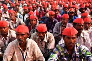 Earlier in the month of March, tens of thousands of Indian farmers protested in Mumbai after walking more than a hundred kilometres to demand better crop prices and land rights.