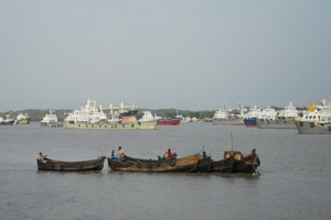China-Myanmar ink deal for port on Bay of Bengal, third in India's vicinity