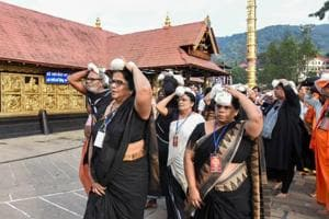 A group of elderly women arrive at Sabarimala temple, after a woman reached near the 18 holy steps of the hilltop shrine and agitators heckled her over her age, at Sabarimala, on Nov 06, 2018.