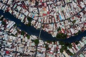 Photos:Living by Ho Chi Minh city's serpentine 'black canals'