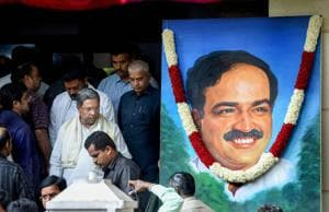Union minister Ananth Kumar dead, Karnataka declares 3-day mourning