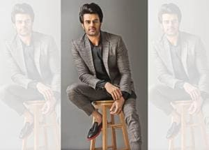 Actor and TV host Maniesh Paul  says if he were a woman, he'd marry Al Pacino! (Styling: Pranav Sood; Make-up: Nazir Khan; Hair: Karan Sahotat; Outfit, Nought One by Abhishek Paatni; shoes, Shutiq)