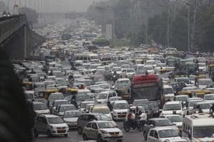 Vehicles stuck in a traffic jam on National Highway 48, Shankar Chowk, in Gurugram.  Experts say a ban on non-CNG vehicles in Dehi  will require the district administration to make a comprehensive plan to ease the pressure on a city's mobility networks.