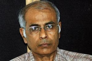 Accused Sachin Andure's defence counsel advocate Dharmaraj Chandel submitted before the judicial magistrate first class SM Sayed that the CBI has received a negative report from Gujarat forensic laboratory stating that the firearm seized by the investigators was not used in the assassination of rationalist Dr Narendra Dabholkar.