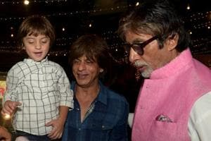 Shah Rukh Khan, Amitabh Bachchan and AbRam at Aaradhya Bachchan's sixth birthday party, in 2017.