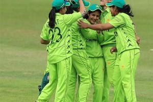 Pakistani women's team celebrates the fall of a wicket against South Africa in the 2018 ICC Women's WT20.