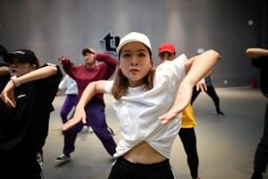 Photos: China's street dancers undeterred by hip-hop crackdown